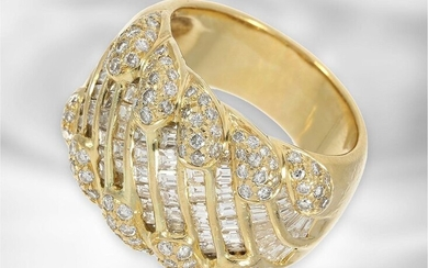 Ring: exclusive, formerly very expensive diamond/brilliant goldsmith's ring,...