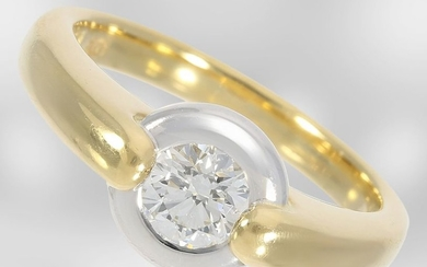 Ring: solid solitaire/brilliant ring of very fine quality,...