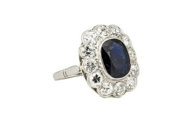 Ring with sapphire and diamonds, 1930s, 0.950 platinum