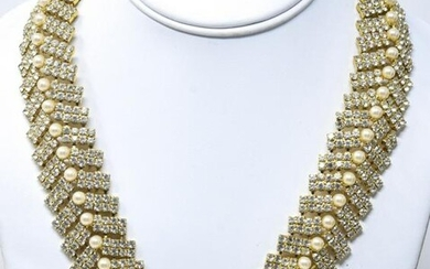 Vintage Costume Jewelry Paste Faux Pearl Necklace