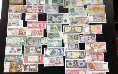 World - 171 banknotes - Various dates