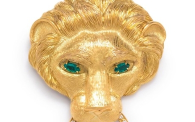 YELLOW GOLD AND DIAMOND LION PENDANT