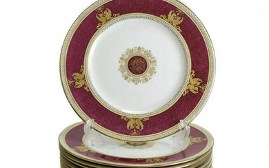 12 Wedgwood Dinner Plates in Columbia, Powder Red