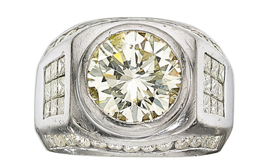 Gentleman's Diamond, Platinum Ring The ring features a round...