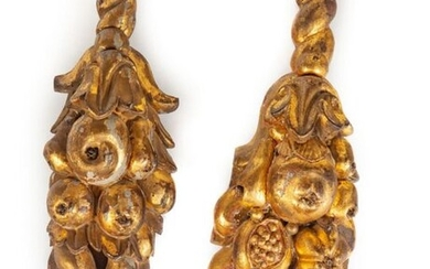 Pair of carved woods with golden patina, pomegranates, pears and grapes.