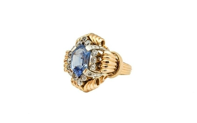 Ring with Ceylon sapphire and diamonds, 20th/21th