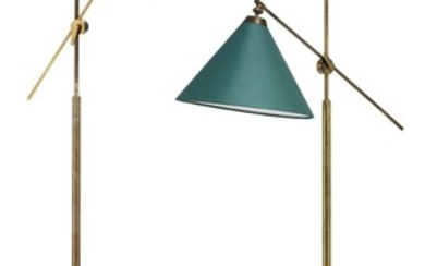 Th. Valentiner: A pair of adjustable floor lamps with patinated brass frame. Conical green fabric shade. (2)