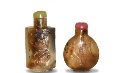 Two Chinese Carved Agate Snuff Bottles, 19th Century
