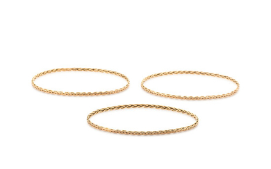 YELLOW GOLD BANGLE SET