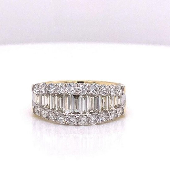 14Kt Gold 1.93Ct Natural Diamonds Ring