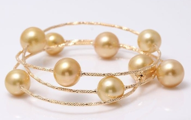 18 kt. Yellow gold - 10x12mm Golden South Sea Pearls