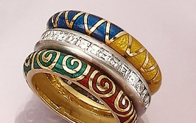 18 kt gold ring with brilliants and enamel