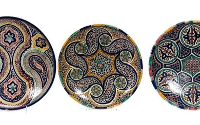 3 SPANISH MAJOLICA POTTERY MULTI-COLORED CHARGERS