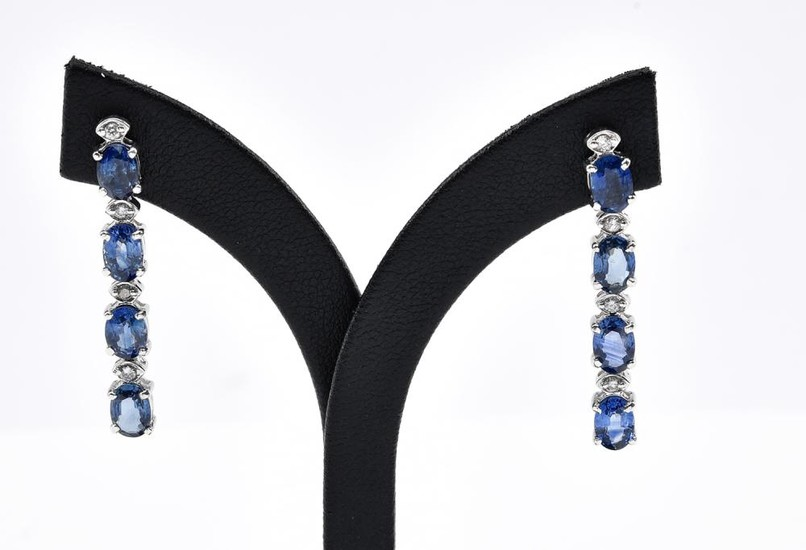 A PAIR OF SAPPHIRE AND DIAMOND DROP EARRINGS IN 18CT WHITE GOLD