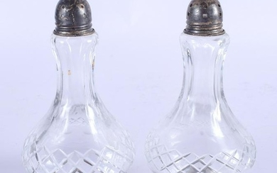 A PAIR OF VINTAGE SILVER CONDIMENTS. 13 cm high.