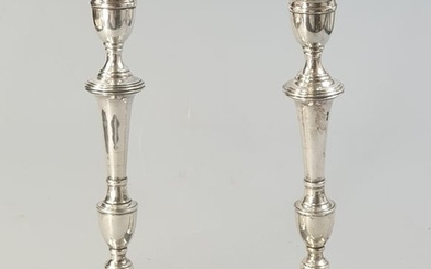 A pair of candlesticks - .833 silver - Portugal - Second half 20th century