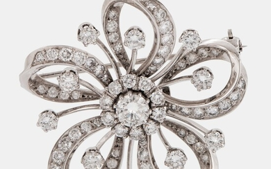 An 18K white gold brooch set with round brilliant-cut diamonds with a total weight of ca 2.50 cts