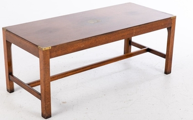 English Mahogany and Brass Inlaid Coffee Table, 20th Century EV1DJ