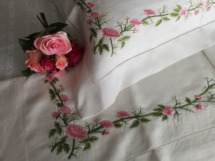 Rich linen sheet pure embroidery stitch Full by hand - Linen - after 2000