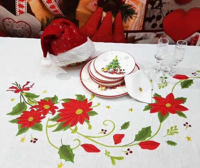 Spectacular Christmas tablecloth in pure linen with full stitch embroidery by hand - Linen - 21st century