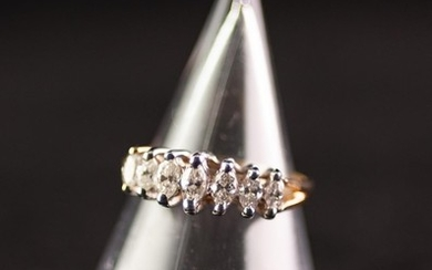 14k YELLOW AND WHITE GOLD DIAMOND SET RING, claw set with s...