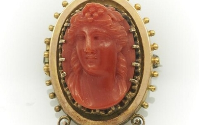 14k Yellow gold Victorian red coral cameo brooch
