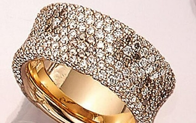 18 kt gold LEO WITTWER ring with brilliants