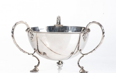 A GEORGE V SILVER FRUIT BOWL, ADIE BROTHERS LIMITED