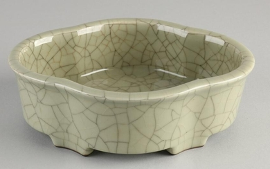 Chinese porcelain celadon jardiniere with green crackle