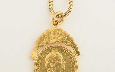 Gold Coin, 14k Yellow Gold Pendant Necklace.