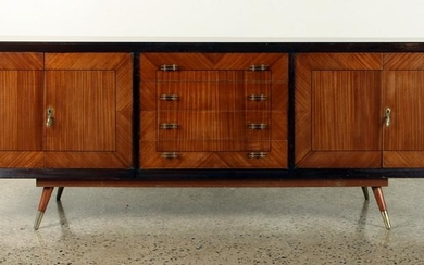 MID CENTURY MODERN FOUR DRAWER SIDEBOARD C.1950