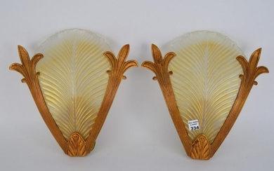PAIR OF GOLD METAL SCONCES WITH LIGHT AND GLASS LEAF