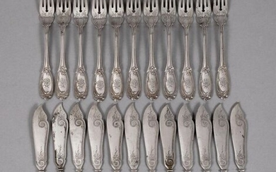 Silver fish cutlery for twelve persons