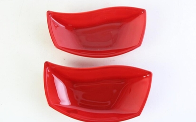 Unusual Pair of MCM Curved Figural Red Glass Serving Trays (L23cm)