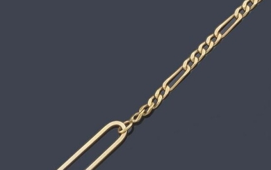 Watch chain in 18K yellow gold.