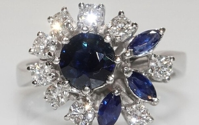 14 kt. White gold - Ring 1.42 ct. sapphires - 9 diamonds 0.90 ct.