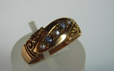 15ct Sapphire & Pearl set ring. Chester 1902 2.7g