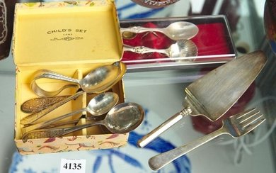 A COLLECTION OF EPNS NOVELTY FLATWARE INCLUDING COLLECTOR'S SPOONS, TOGETHER WITH ONE STERLING SILVER COFFEE SPOON, LEONARD JOEL LOC..