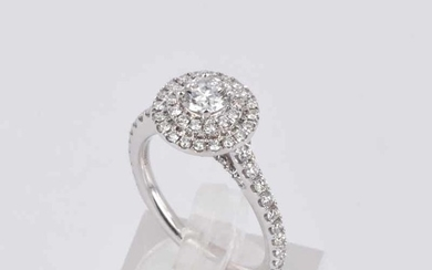A DOUBLE HALO CLUSTER DIAMOND RING
