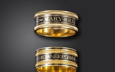 A pair of George III gold mourning rings, each with mourning inscription in black enamel, one dated 1809, 18ct London marks for 1809 and maker~s mark SG, size P 1/2, the other dated 1806, London marks for 1806, maker~s mark MG, size Q