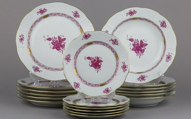 Herend Chinese Bouquet Raspberry Plate Set for Six