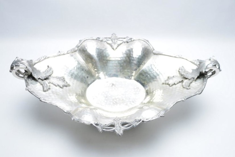 Large Silver Plated Serving Dish with Scrolled Handles (L 53cm W 36cm)