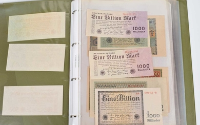 Two albums of assorted German Reichsbanknotes and notgeld, early twentieth century.