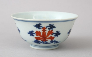 A GOOD CHINESE BLUE, WHITE & UNDERGLAZE RED PORCELAIN