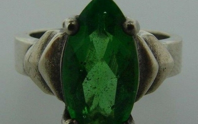 FLASHY Sterling Silver & Green Glass Ring