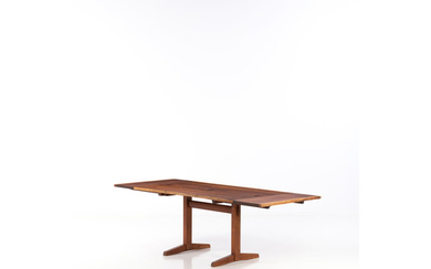 George Nakashima (1905-1990) 136 Trestle Table with extensions Walnut wood Creation date: circa 1960 H 74×L 152,5×P 93 c...