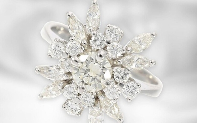 Ring: fine, white gold vintage brilliant/diamond flower ring,...