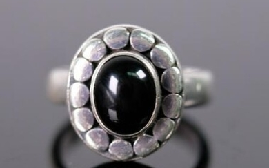 Sterling Silver & Black Onyx Ring Size 8