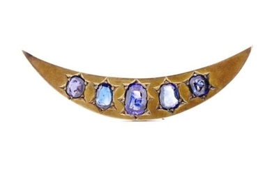 Victorian sapphire and yellow gold brooch unmarked. Approx 5...