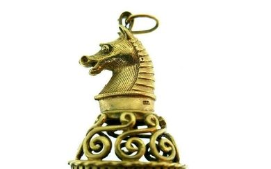 Vintage 9k Yellow Gold Onyx The Knight Chess Charm